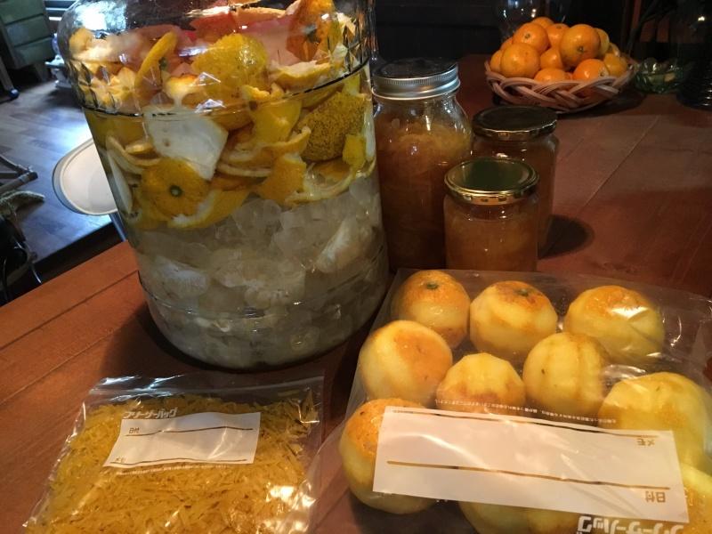 朝から大量の柚子と格闘