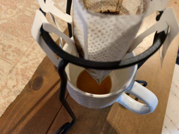 セリアのコーヒードリッバースタンド