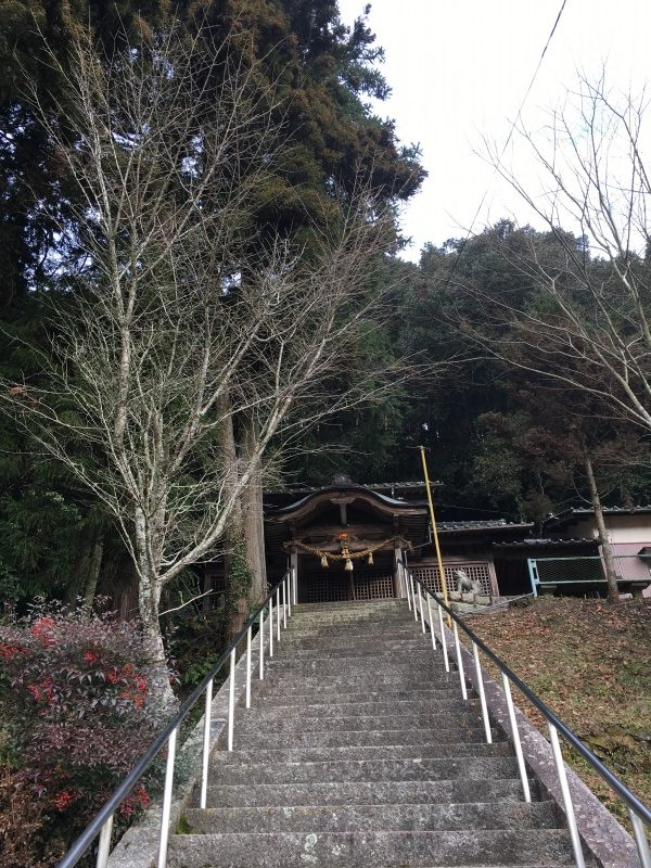 お隣の河内神社へ初詣