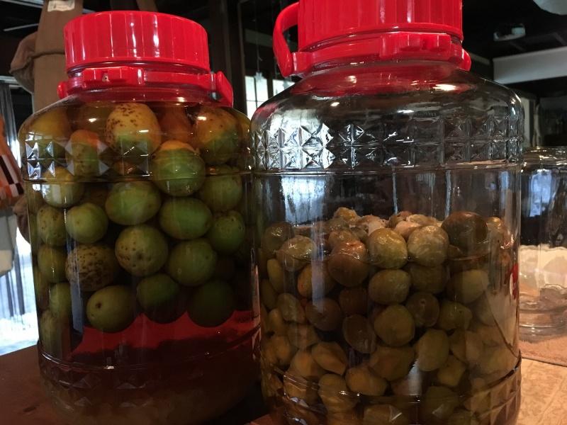 梅は梅シロップとブランデーの梅酒に