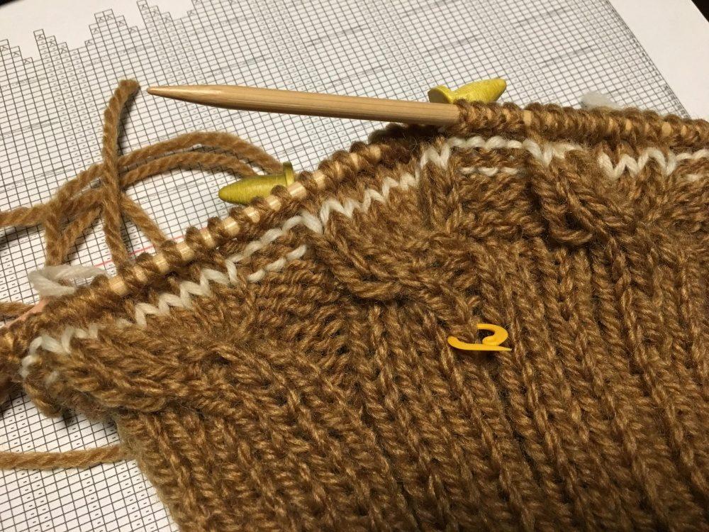 別糸を編み入れたところ
