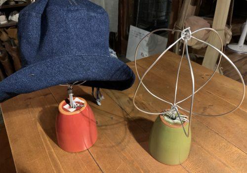 帽子スタンドと作った帽子