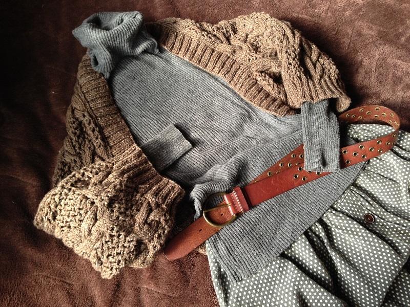 縄編みのマーガレットカーデ