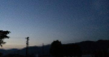 早朝4時の東の空