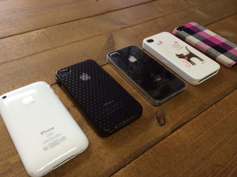 歴代iphoneたち。